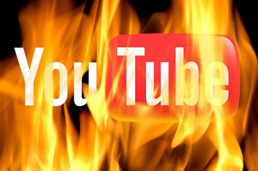 燃えるYouTube写真