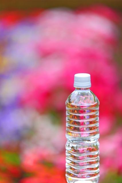 ペットボトル水.jpg