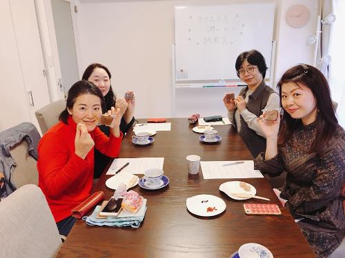 191116うるおい美漢茶パウンド試食会.jpg