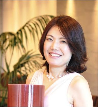 石塚麻美さん