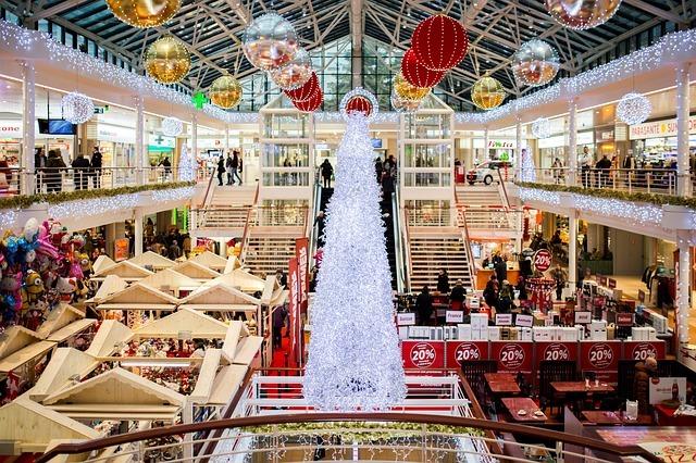 shopping-mall-2605815_640.jpg