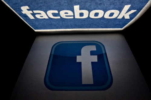 facebookって広告費使わなくても交流会行かなくても、多くの人と交流できる場所なのにチカラ入れないんですか?