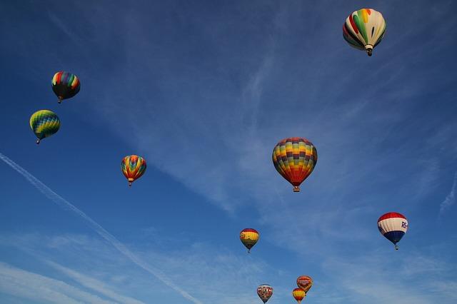 balloons-1980877_640.jpg