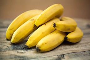 bananas-1354785_640.jpg