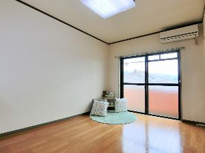 甲府市 ステージング 空き部屋 空室対策