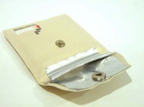 canvas-portable-ashtray-04-600x450.jpg