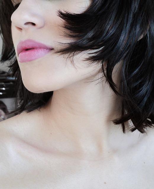 lips-468915_640.jpg