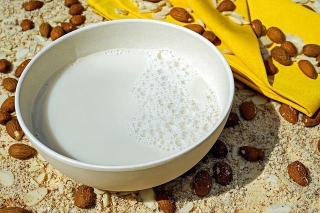 milk-2594538_640.jpg