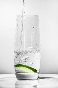 glass-for-water-1901700__340.jpg