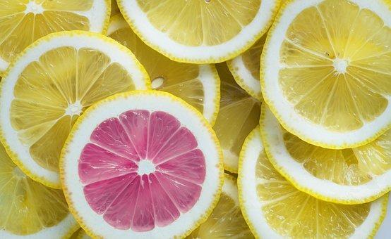 lemon-3303842__340 2.jpg