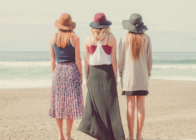 beach-1868130__480.jpg