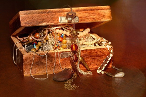 treasure-chest-619868_640.jpg