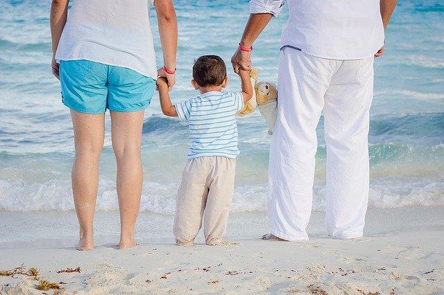 family-1111818_640.jpg