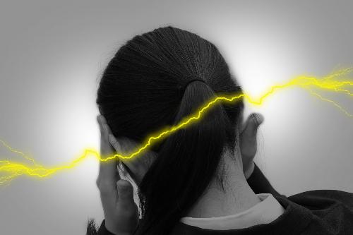 頭痛 耳.jpg