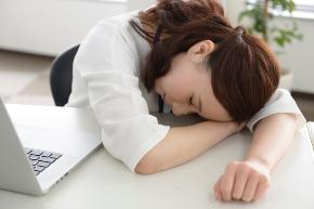 疲れ 女性.jpg